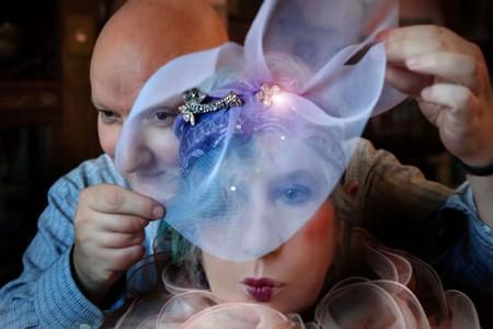 Anna-Piaggi-with-Stephen-Jones-her-milliner-blog.momu_.be_